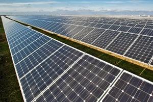 ja_solar_photovoltaik_02