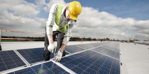 Goldbeck_Solar_Dach_Dachanlage_Photovoltaik_installation_bauen