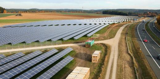 IBC_Solar_Buergersolarpark_Ackerflaeche_Deutschland-e1497432979757