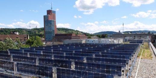 Solarspar_photovoltaik_dachanlage_bifacial_vertikal_bifazial-1024x513