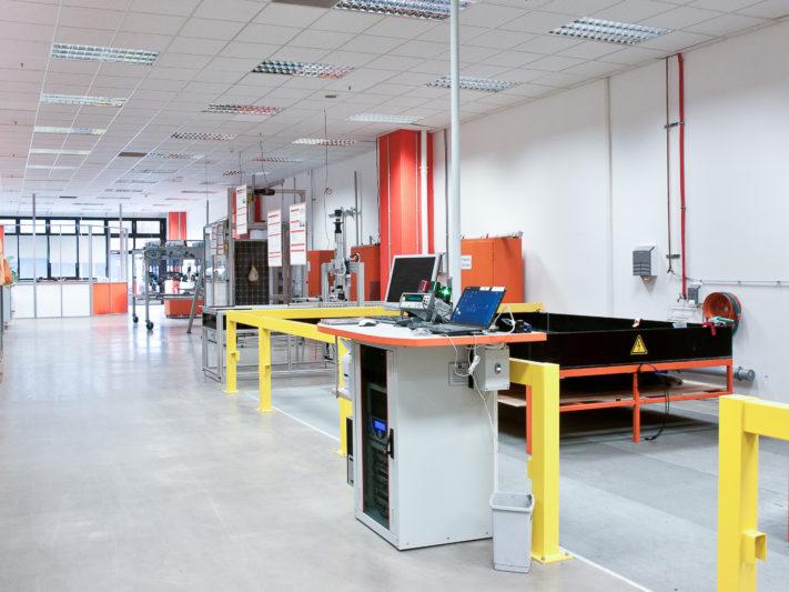 Panoramabild der linken Seite des Labors vom PI-Berlin