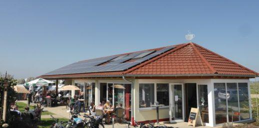 Photovoltaik_Dachanlage_Restaurant_nichtwohnhaus_gewerbe-1024x508