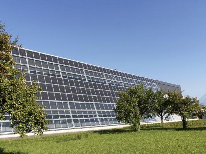Photovoltaik-Module_MeyerBurger_CSEM_Zusammenarbeit-800x533