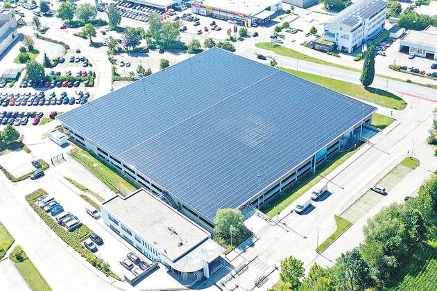Photovoltaik-als-Dachhaut-Außenansicht