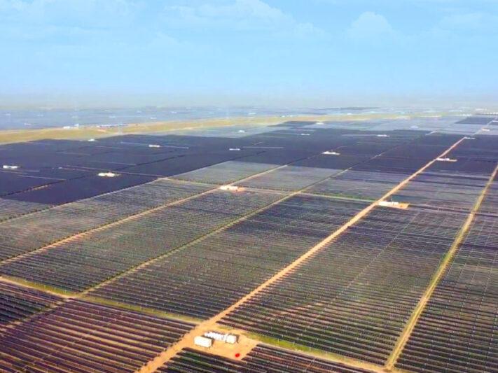 Chinas-largest-solar-plus-storage-project-1200x647-1