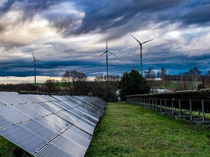 csm_solar_solaranlage_windrad_solarenergie_windenergie_hybrid_a3bfaf33a9