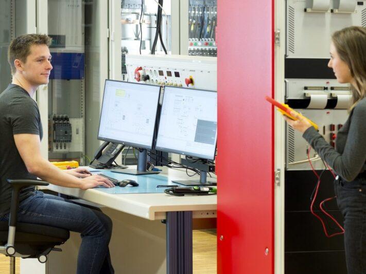 Fraunhofer_ISE_Digital_Grid_Lab-e1626359895739-1536x768